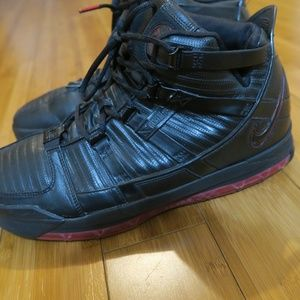 Nike Zoom Lebron 3 Black Crimson Basketball Shoes